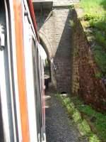 n-Wagen/76122/hier-steht-ein-n-wagenzug-der-als Hier steht ein n-Wagenzug der als RE9 Verstärkerzug auf dem Weg nach Au(Sieg) ist vor dem Einfahrtssignal von Herchen.